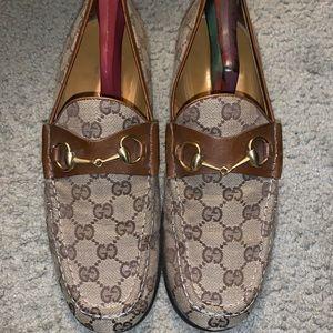Gucci soafer